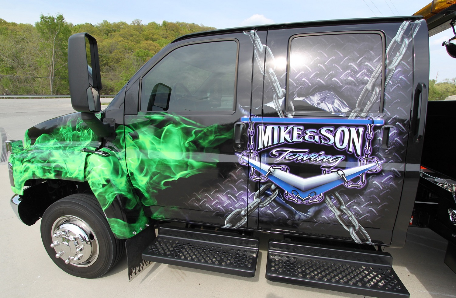 Mike-and-Son-Tow-Truck-Wrap